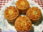 Moon Cake with Red Bean Paste and Egg Yolk