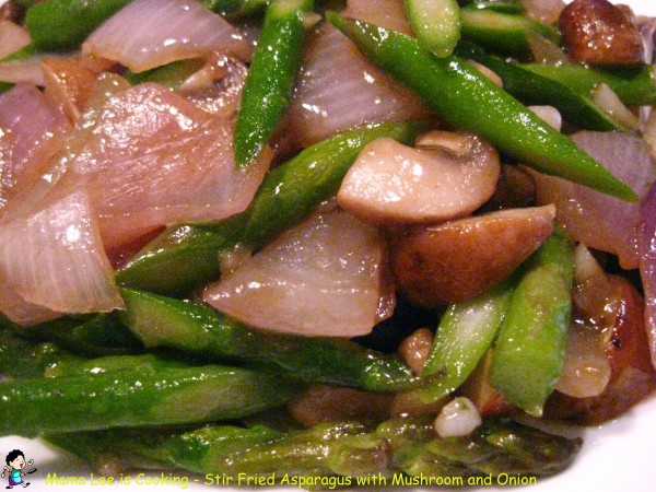 Stir Fried Asparagus with Mushroom and Onion