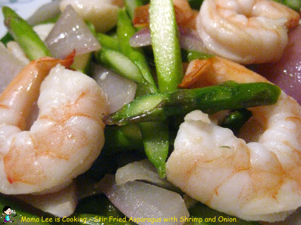 Stir Fried Asparagus with Shrimp and Onion